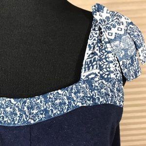 Ecote Urban Outfitters Blue Floral Top